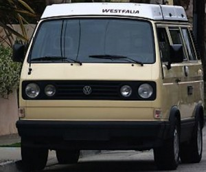 The gorgeous stance of the Vanagon