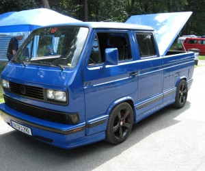 Vanagon Truck with gorgeous bed cover