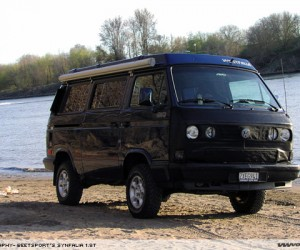 Insanely clean 1990 Syncro camper with 1.8T engine