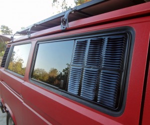 A new take on Vanagon screens