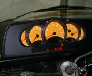 Porsche 996 cluster in a Vanagon