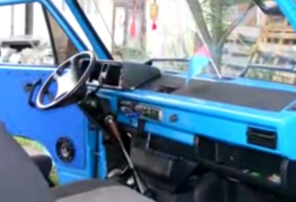 blue-dash-2