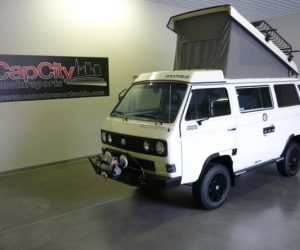 Gorgeous Syncro in white and black