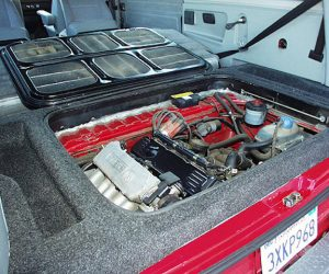 Rear carpet in the engine area
