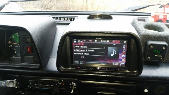 double-din-vanagon-stereo2