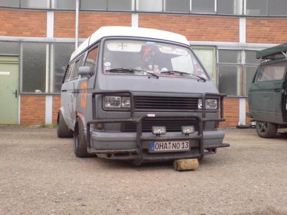 junk-yard-dog-vanagon-2