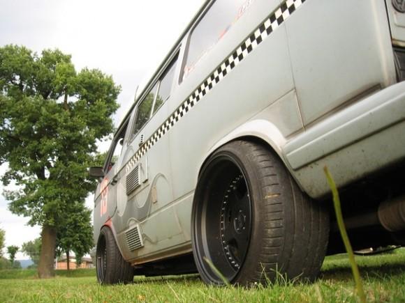 junk-yard-dog-vanagon-4