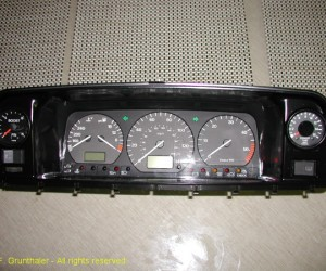 Custom Vanagon instrument cluster