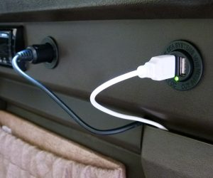 Replacing the Vanagon Cigarette Lighter with USB Plugs