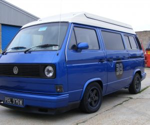 Custom VW T25 in metallic blue