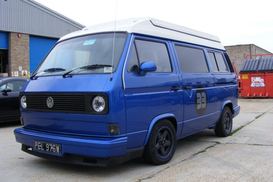 Custom Vw T25 In Metallic Blue Vanagon Hacks Amp Mods