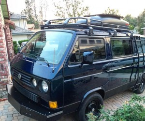 Gorgeous Orly Blue Vanagon with lots of accessories