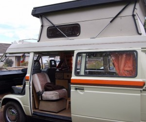 Very high pop top camper by Autohomes
