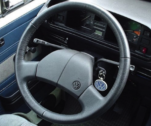 Changing the Vanagon steering wheel