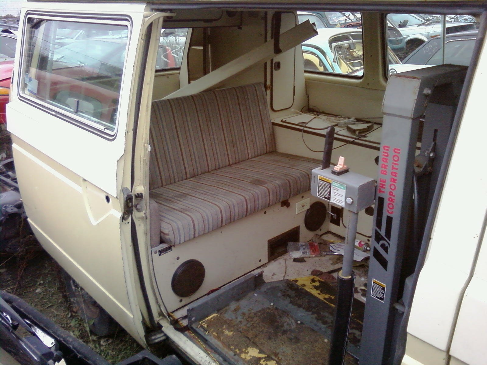 Wheelchair lifts in the Vanagon | Vanagon Hacks & Mods – VanagonHacks.com
