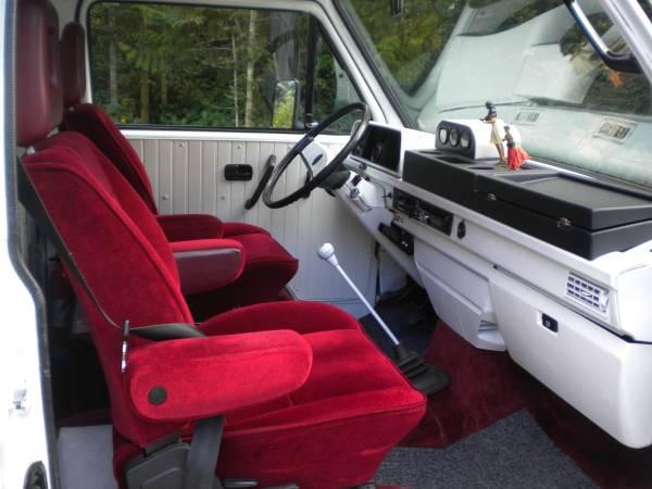 Red velvet seats and white dash board | Vanagon Hacks ...