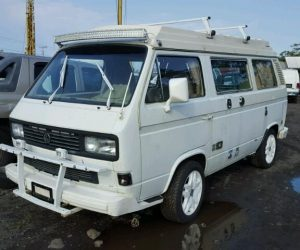White out Vanagon from Paradise
