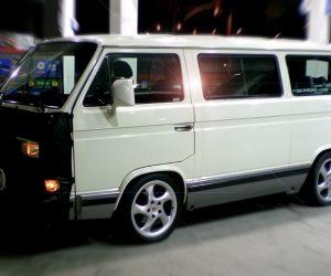 1990 Vanagon in white looks brand new