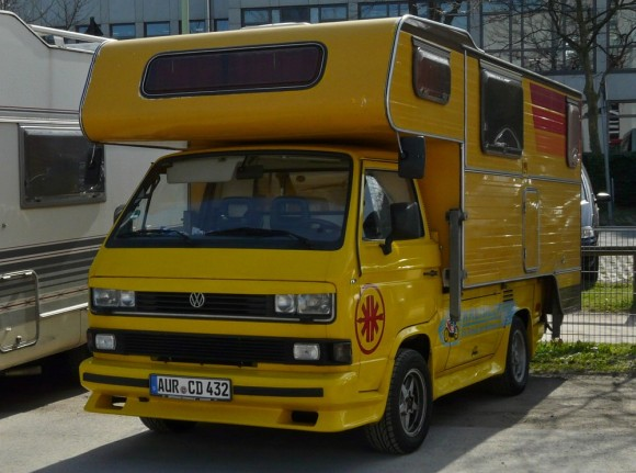 yellow-camper