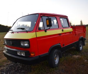 Striped 1990 Tristar Syncro Truck